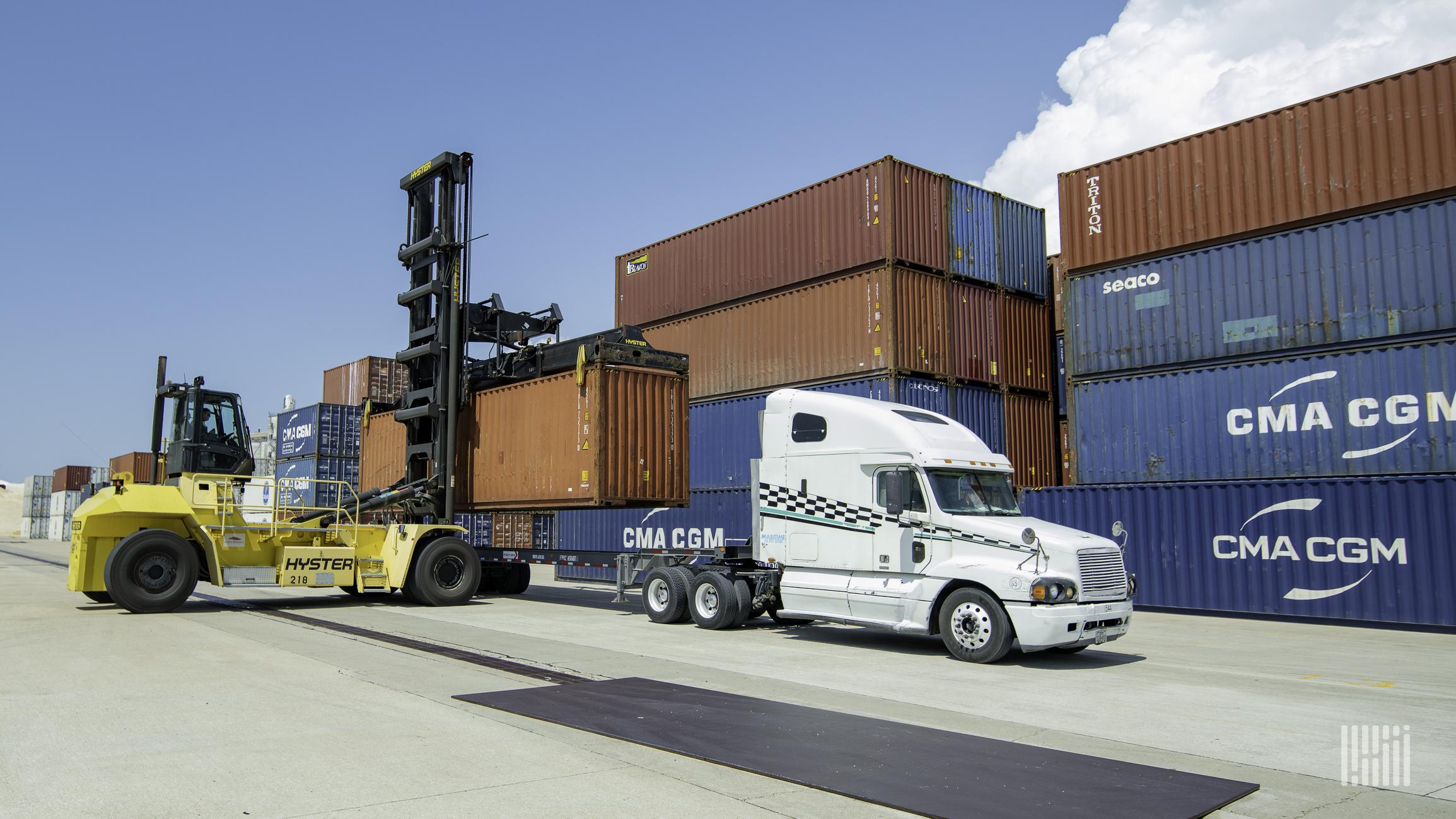 Borderlands: Canada Again Beats Mexico, Remains Top US Trade Partner